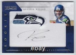 2012 Prominence Russell Wilson Embroidered Team Logo Patch Auto RC /150 Seahawks
