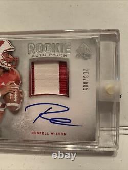 2012 SP Authentic Russell Wilson Rookie RC Patch auto 203/885 Wisconsin Badgers