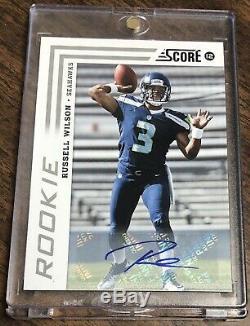 2012 Score Signatures #372 Russell Wilson Rookie Auto