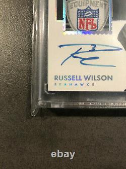 2017 Panini Encased Russell Wilson Seattle Seahawks NFL shield on card auto 1/1