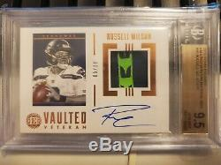 2019 Encased Football Russell Wilson Vaulted Veteran Patch Auto /10 BGS 9.5/10
