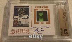 2019 Encased Russell Wilson Patch Auto /10 BGS 9.5/10