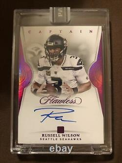 Panini white box 2018 Flawless RUSSELL WILSON captain on card auto 1/1 seahawks