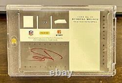 RUSSELL WILSON - 2012 Elite'Rookie Inscriptions' ON-CARD AUTO - Seahawks RC