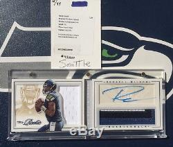 RUSSELL WILSON 2012 Playbook BOOKLET 3 Clr. Patch Auto ROOKIE Rc GOLD #13/49