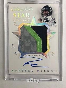 RUSSELL WILSON Encased 3CLR Jersey PATCH AUTO 5/5 2018 Flawless Seahawks On-Card