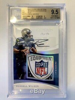 Russel Wilson 2017 IMMACULATE Shield Patch Auto 1/1 BGS 9.5