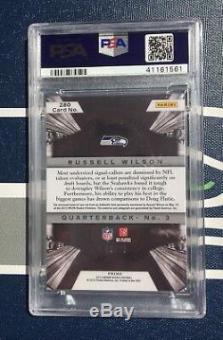 Russell Wilson 3 Clr Jsy AUTO /25 PURPLE ROOKIE CARD 2012 Crown Royale PSA 9