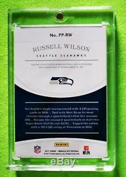 2017 Russell Wilson Immaculée Jumbo Patch Auto 10/10 Seahawks